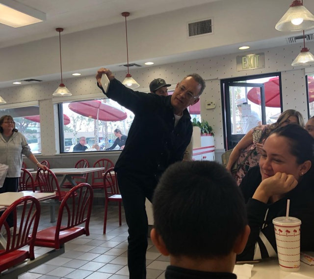 Том Хэнкс удивил посетителей ресторана