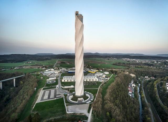Для чего нужна эта необычная башня?