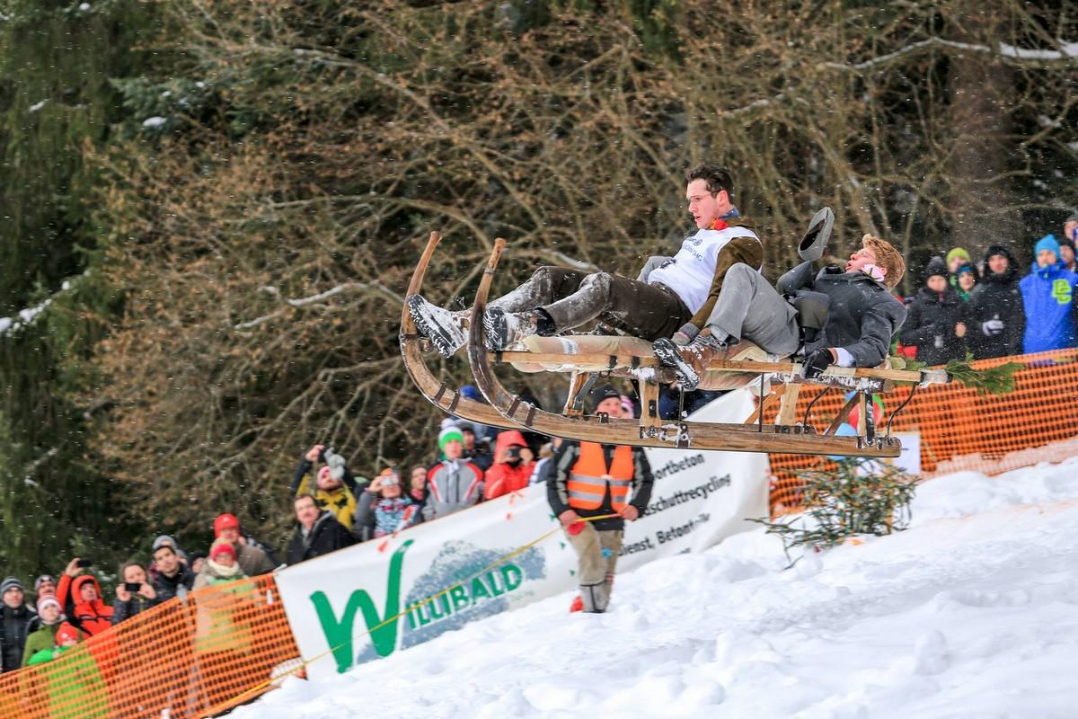 Ежегодная гонка на роговых санях Schnabler в Германии