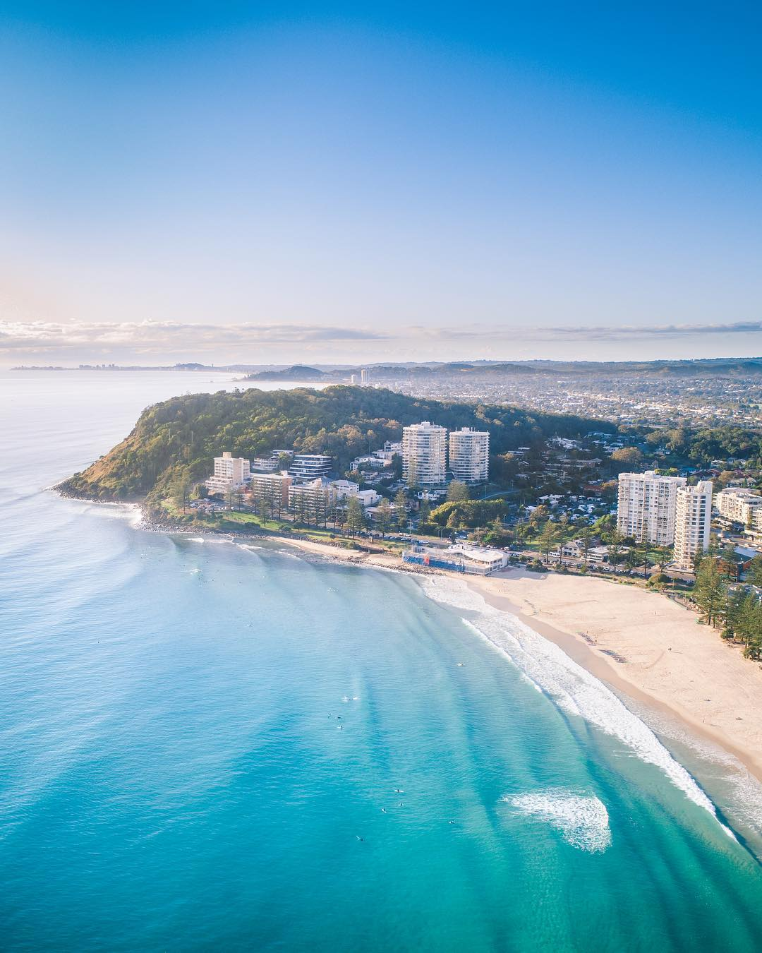 Городские и природные пейзажи Австралии сверху от Митчелла Кларка