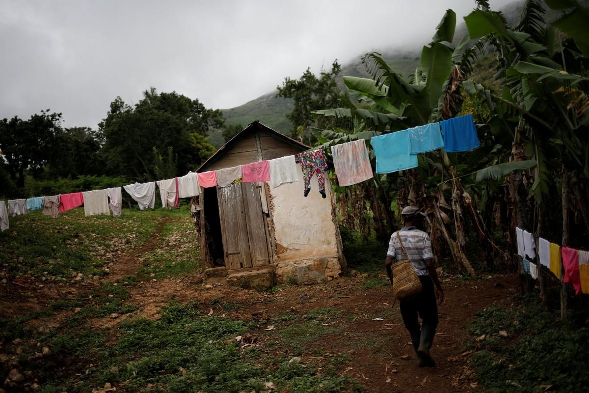 Забытая и изолированная деревня в Гаити