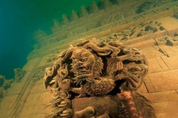 10 затонувших городов в морских глубинах