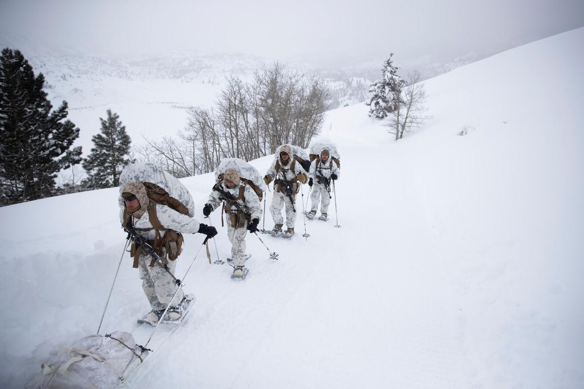 Американцы провели учения в снежной местности