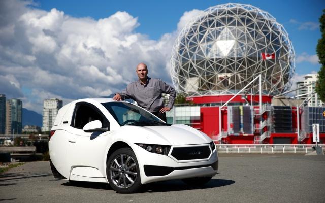 Канадский электромобиль Electra Meccanica Solo с необычным дизайном