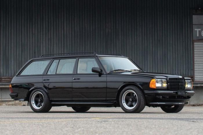 Mercedes-AMG Wagon 1979 — идеальный слипер