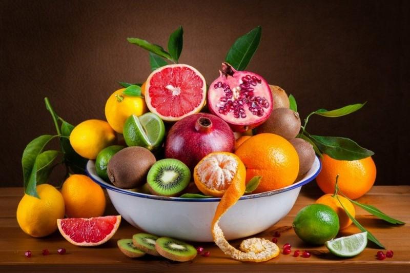 Полезные фрукты для холодного времени года