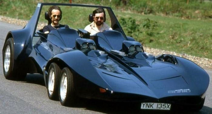Шестиколесные автомобили: зачем нужны два лишних колеса