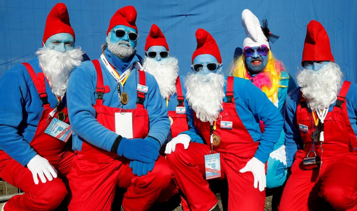 В Германии собрались более 2700 Смурфиков