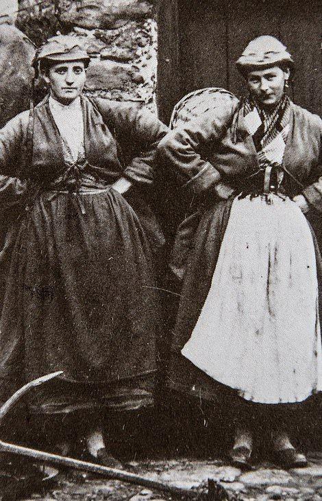 Храбрые девушки-рыбачки на снимках 1860-70 годов