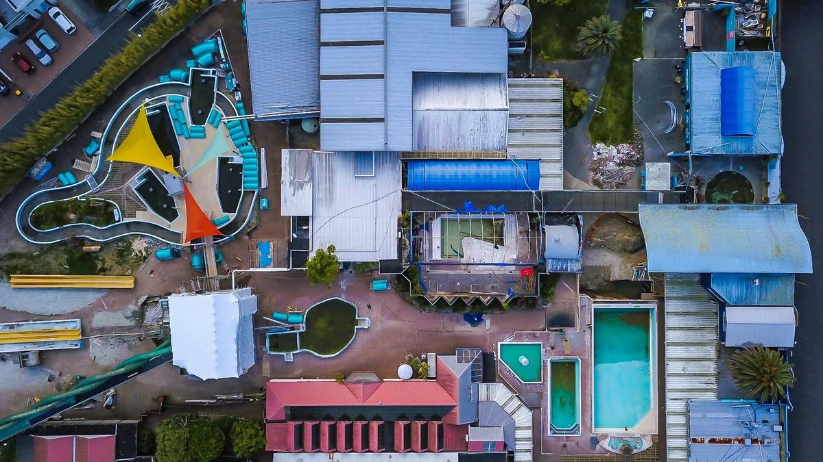 Заброшенный термальный аквапарк в Новой Зеландии