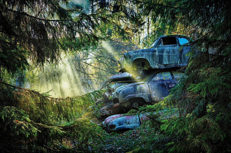 Мистические кладбища старых автомобилей в разных странах