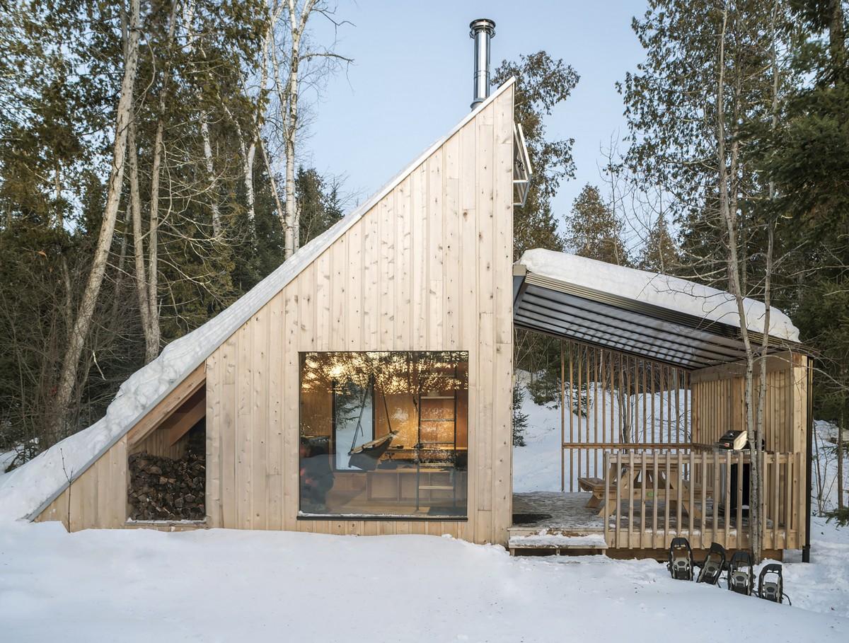 Простой микро-домик в Канаде