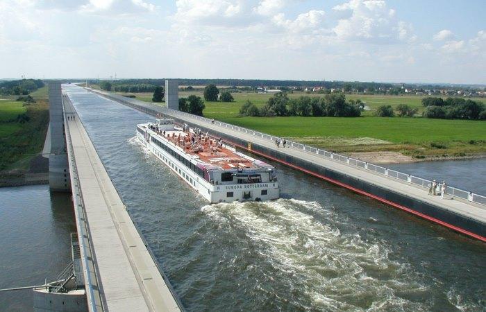 5 специальных мостов, по которым ходят корабли