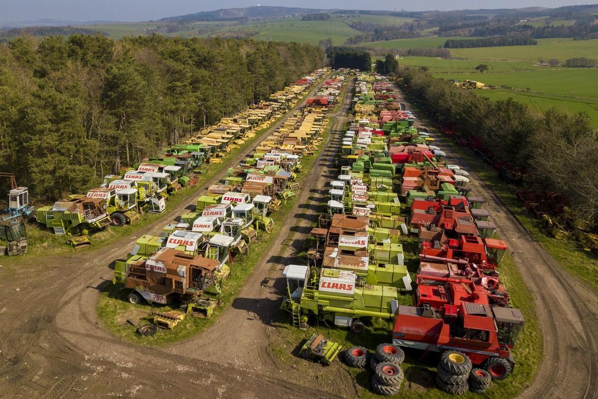 Британское «кладбище» зерноуборочных комбайнов
