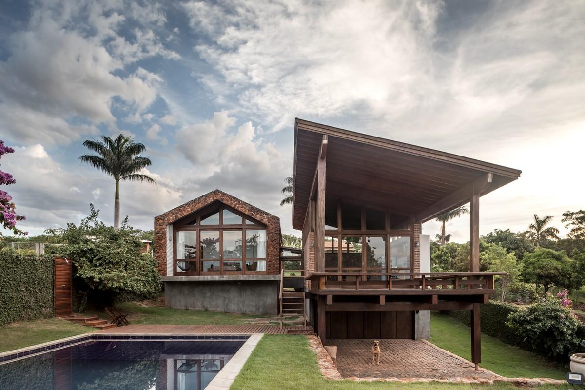 Дом у озера в Бразилии