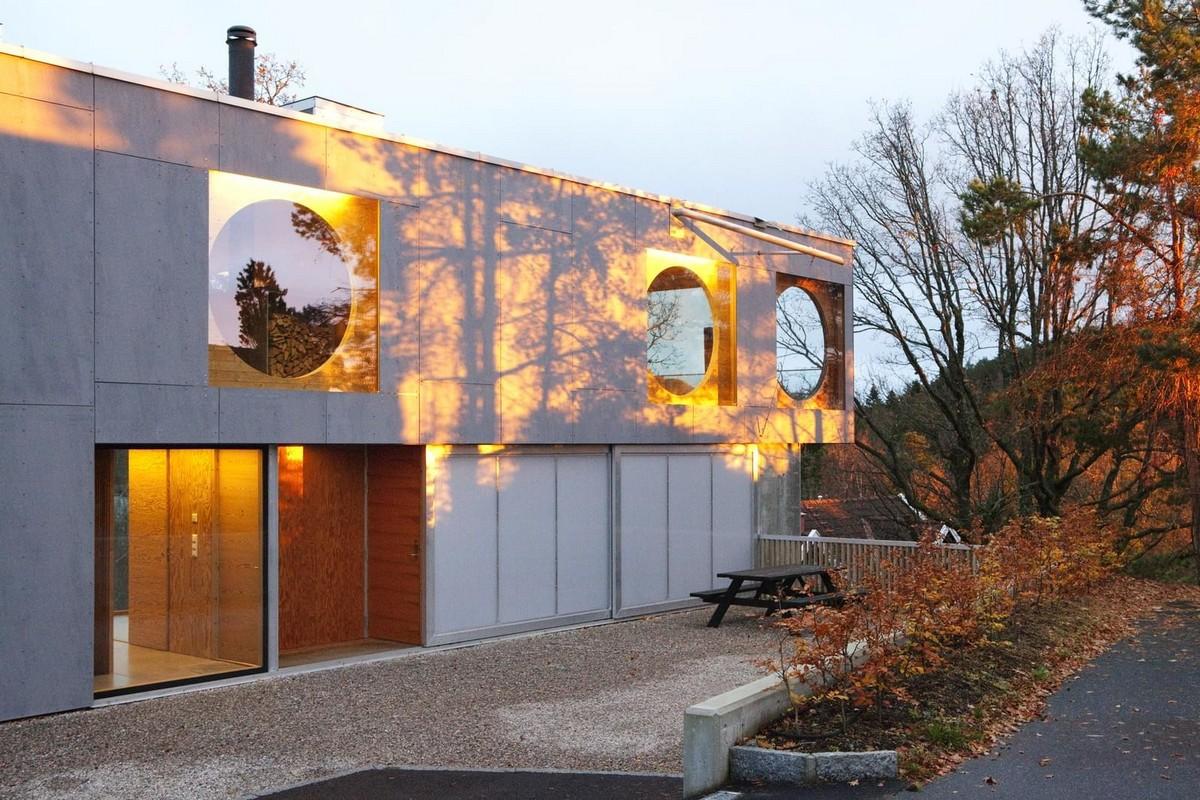 Частный дом с видом на фьорд в Норвегии