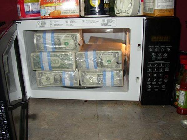 Куда можно спрятать миллион долларов наличными