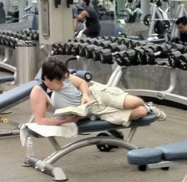 Почему вам срочно нужно записаться в спортзал