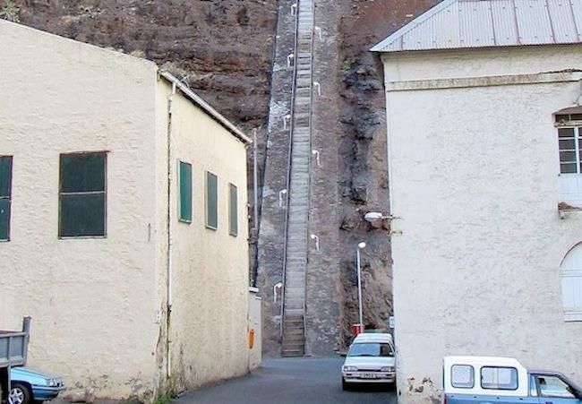 Длинная лестница на острове Святой Елены