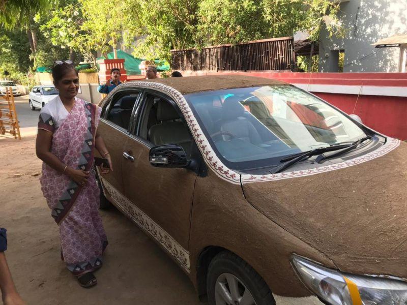 Летом без кондиционера в авто жарко: поможет коровий навоз