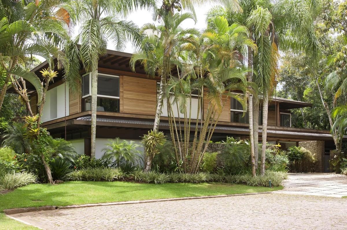 Тропическая резиденция в Ипоранге