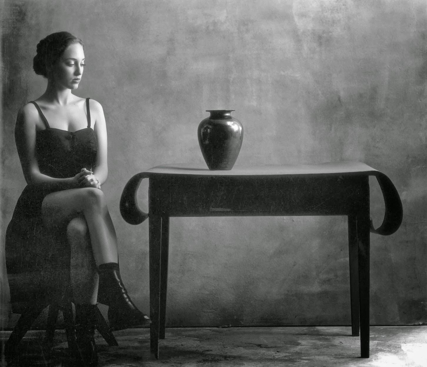 Чёрно-белые снимки в жанре ню от Кристиана Коиньи