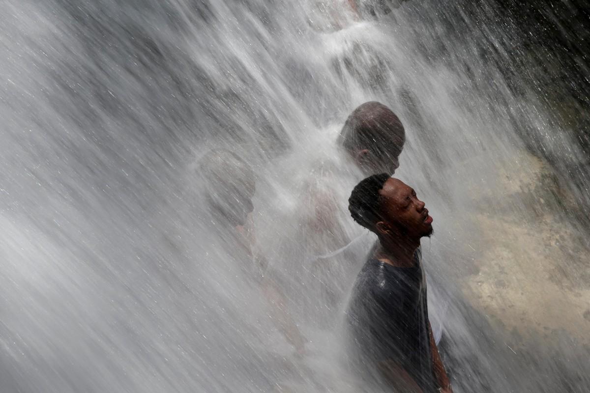 Ежегодное паломничество к водопаду в Со-д'О