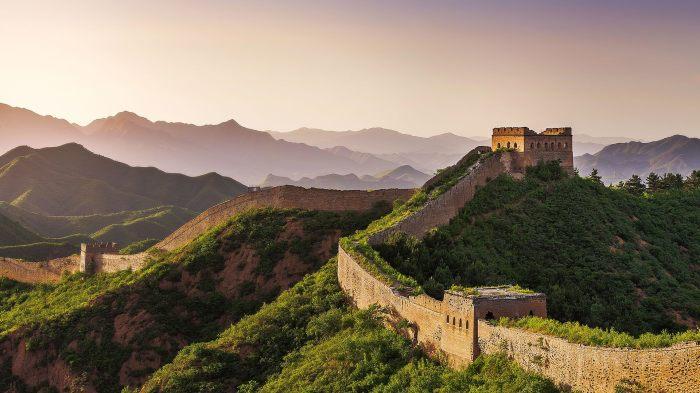 Интересные факты про величайшие туристические места