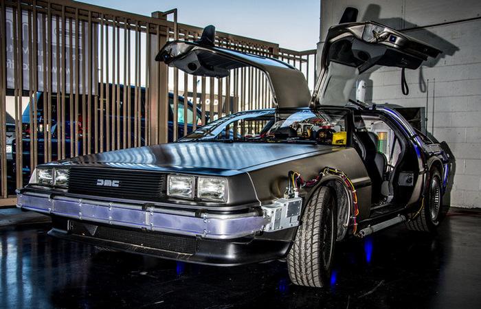 Интересные подробности об автомобиле DeLorean из фильма «Назад в будущее»