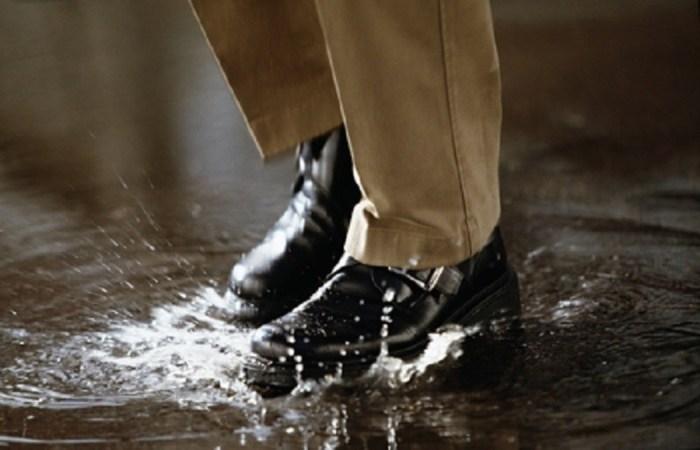 Как уменьшить обувь, если она разносилась