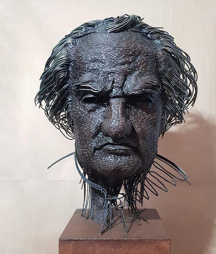 Потрясающие скульптуры из проволоки
