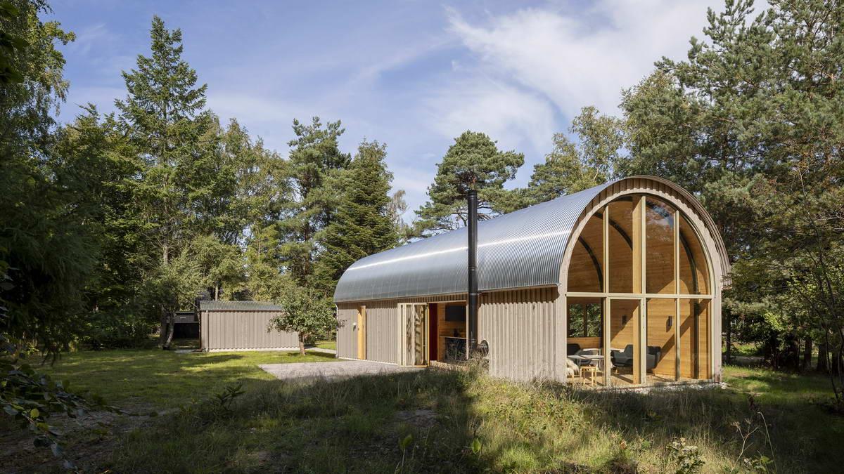Простой и недорогой летний домик в Дании
