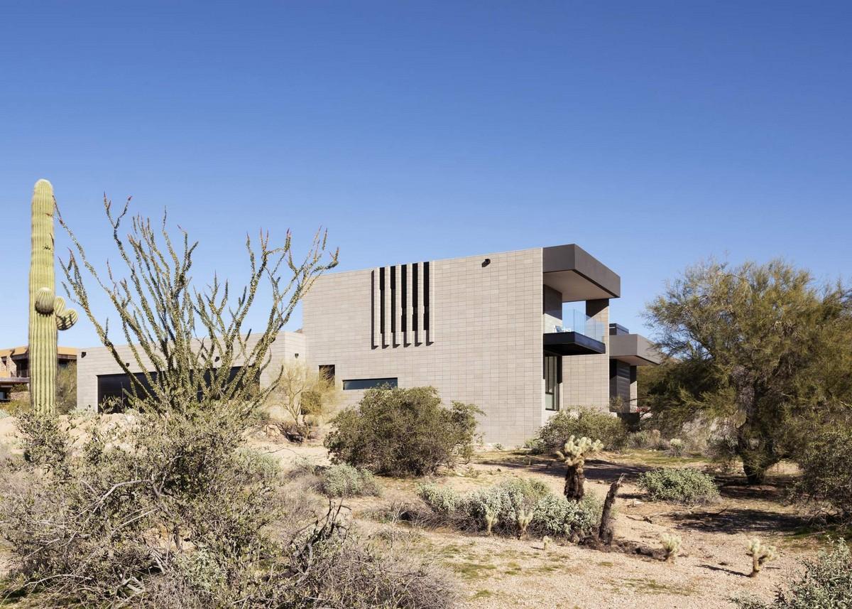 Резиденция среди пустынного ландшафта в США