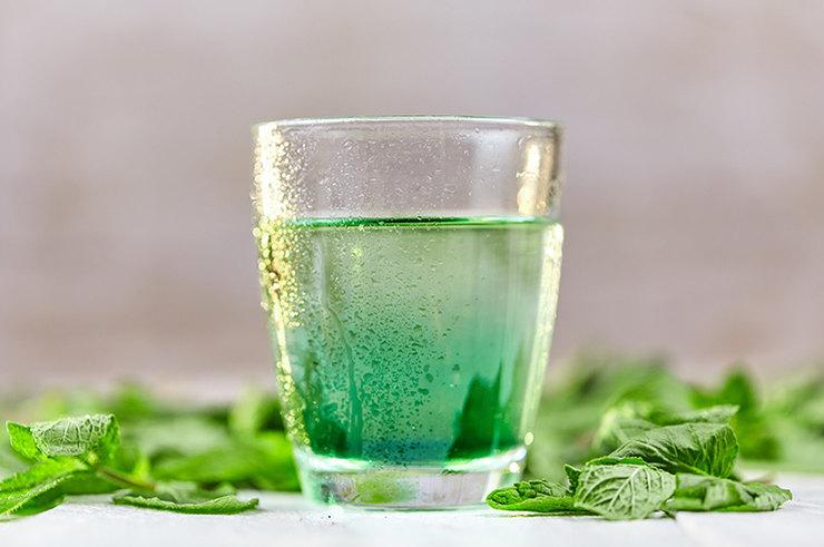 Полезна ли хлорофильная вода?