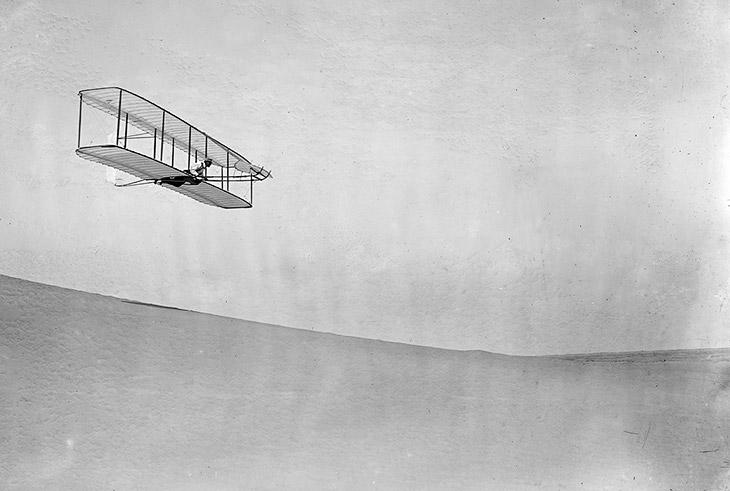 Про первый полет человека на самолете
