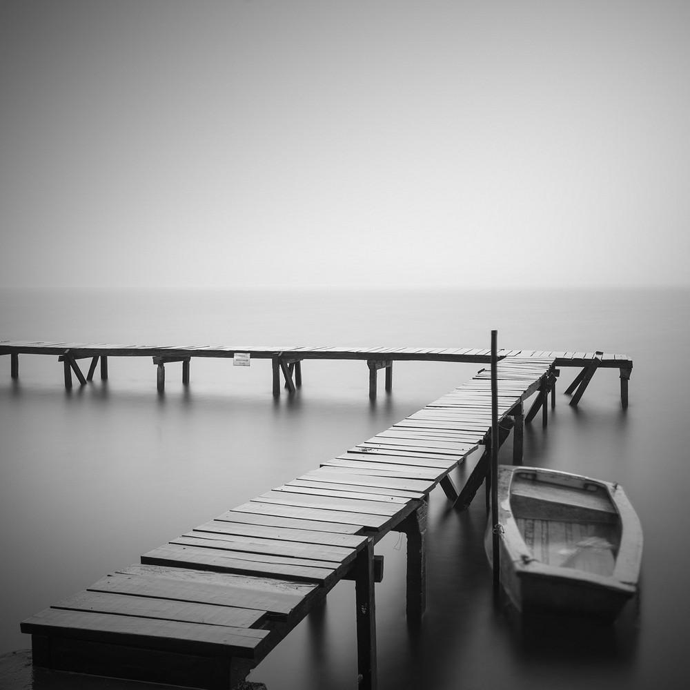 Чёрно-белые снимки от Daniel Tjongari