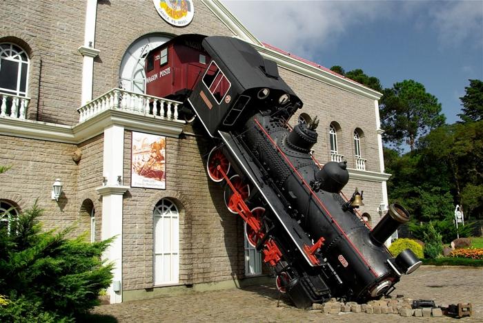 Самые необычные транспортные аварии