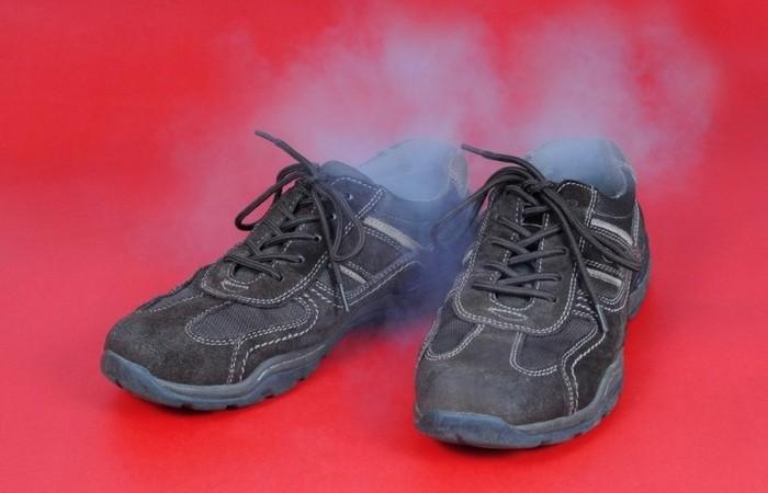 Способ эффективно бороться с неприятным запахом из обуви