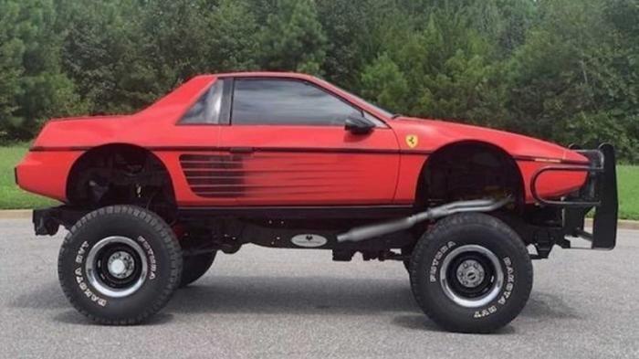 Старенький Pontiac превратили в Ferrari на раме Chevy Blazer