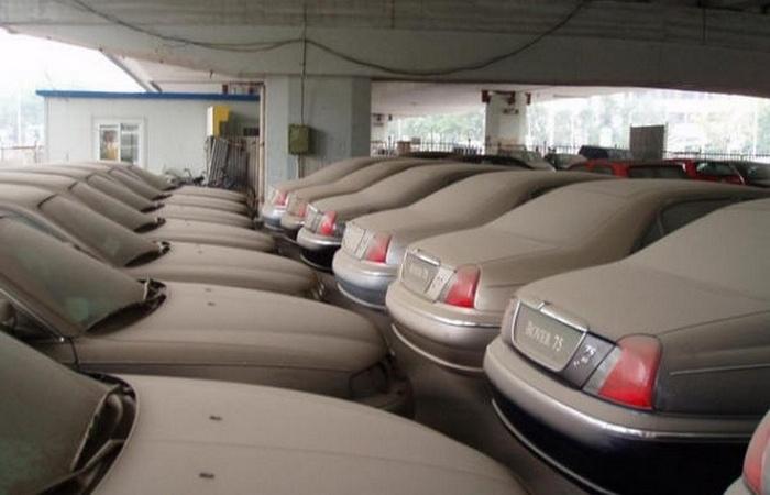Что происходит с непроданными новыми автомобилями