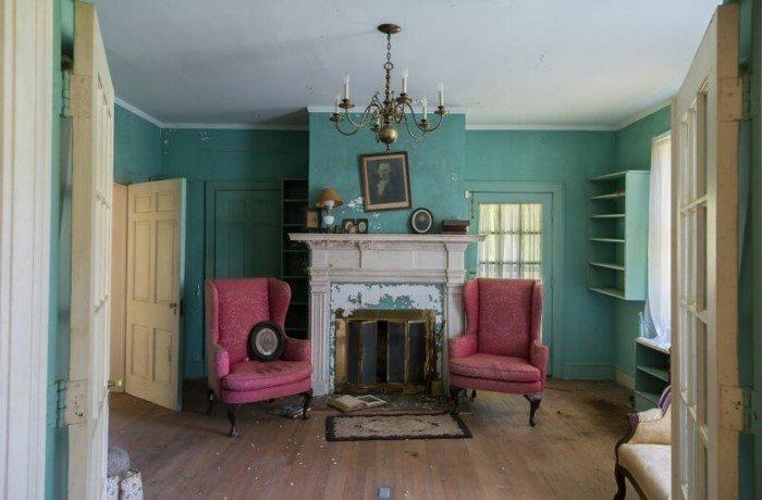Фотограф нашел «типично американский» заброшенный особняк 19 века