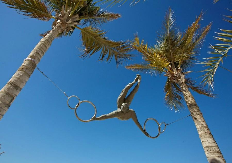 Уникальные скульптуры, которые бросают вызов гравитации