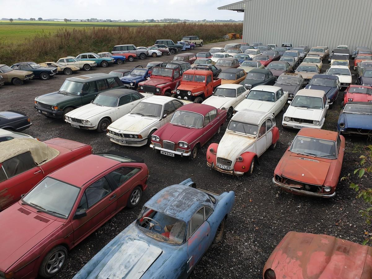 Коллекцию из 135 ретро автомобилей продадут на аукционе