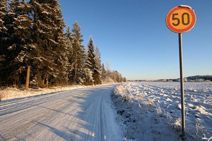 Особенности безопасного вождения зимой