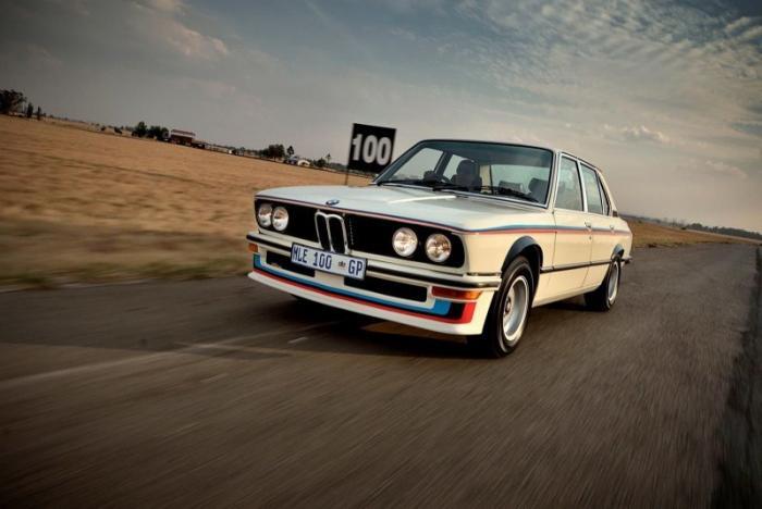 Первый автомобиль подразделения BMW Motorsport был из Африки