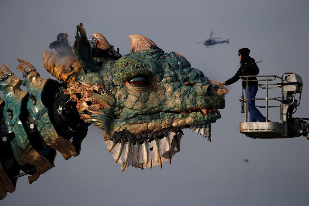 Театр La Machine — дракон во Франции