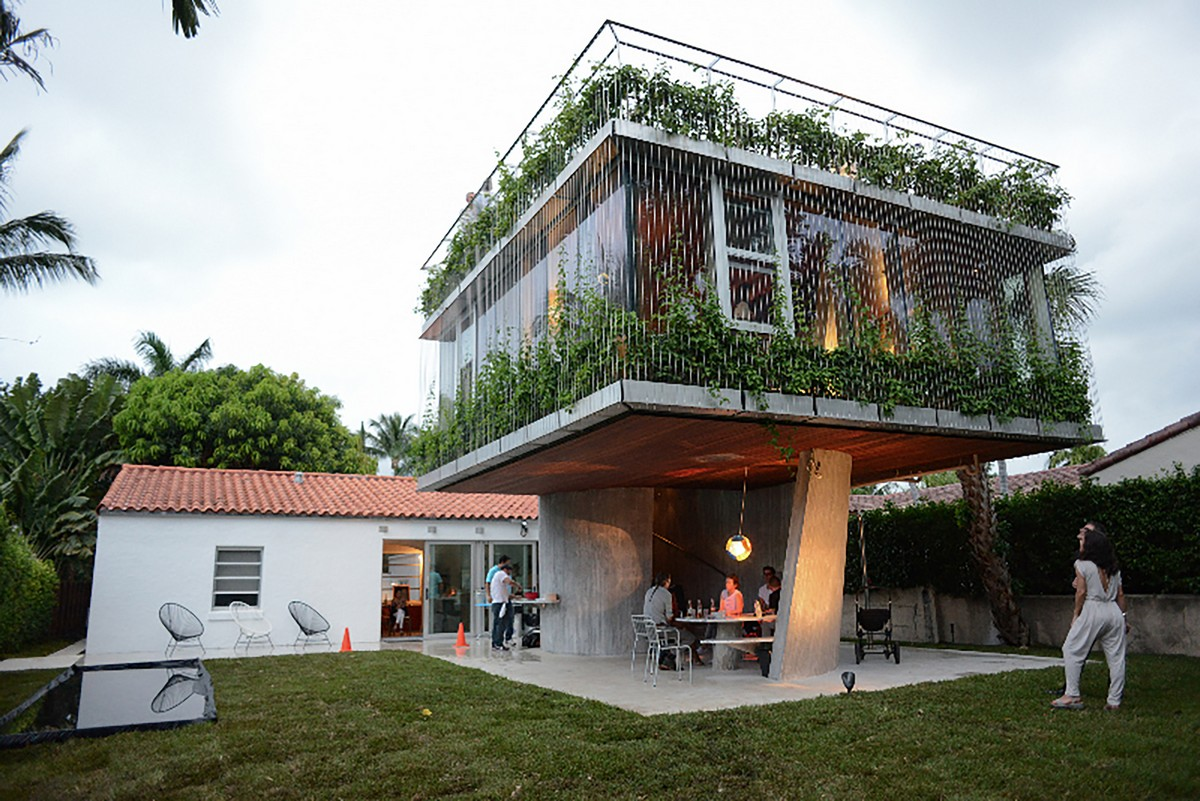 Трехэтажное сооружение Sun Path House в Майами-Бич