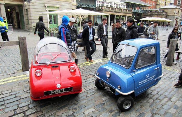 Забавные модели автомобилей прошлого века, вид которых сегодня вызывает улыбку