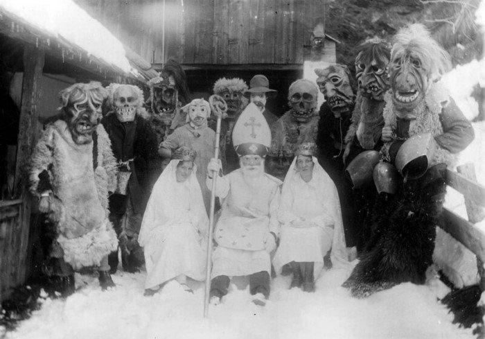 Рождественские снимки прошлого века, от которых немного не по себе