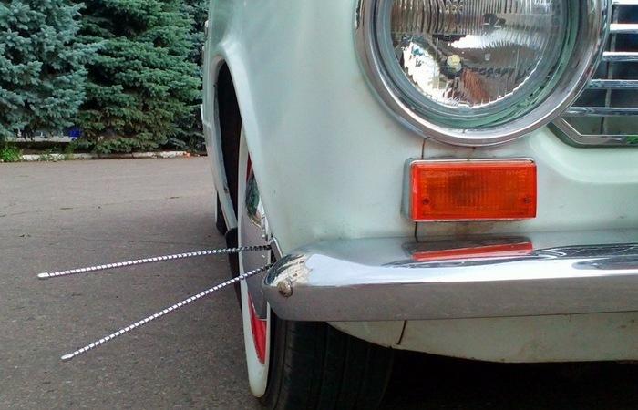 Зачем были нужны загадочные «усы» на бампере старых авто